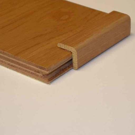Unfinished Solid Oak Corner Bead, 39 X 29 mm, 2.7 m Image 1