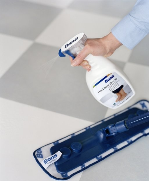 Bona Tile and Laminate Floor Cleaner, Spray 1L Image 1